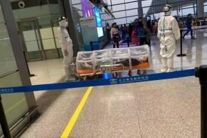 驳斥谣言网传长沙机场阻隔运送患者图片实为上一年演练
