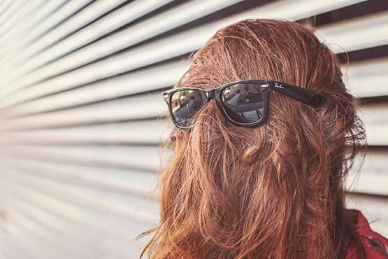 头发干枯毛躁水疗方法改善头发干枯毛躁的方法